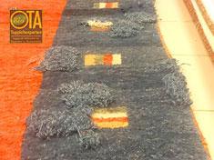 Teppichreparatur von Mottenstellen im Teppich