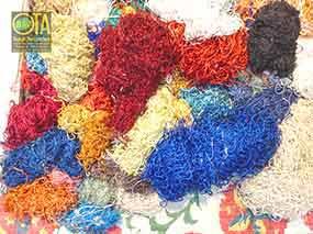 Wollgarne für eine Teppichreparatur