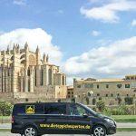 Teppichrestauration ganzer Teppichsammlung und Verkauf eines Designerteppichs bei einem Prominenten in Santa Ponsa auf Mallorca 2019